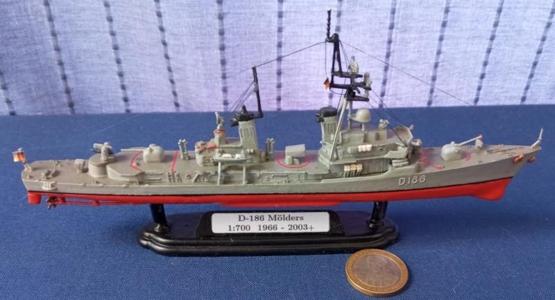 Destroyer D186 Molders, Revell, 1/700e  20210517