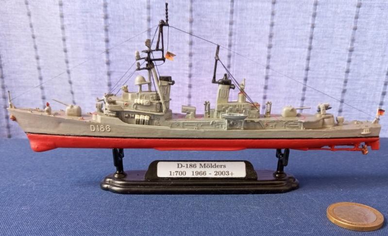 Destroyer D186 Molders, Revell, 1/700e  20210518