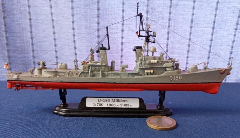 Destroyer D186 Molders, Revell, 1/700e  20210519