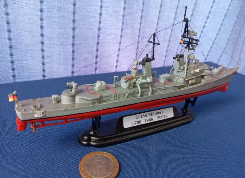 Destroyer D186 Molders, Revell, 1/700e  20210521