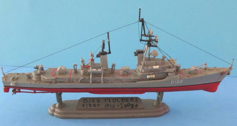 Destroyer D186 Molders, Revell, 1/700e  Dsc05510