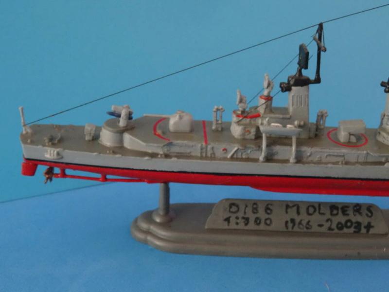 Destroyer D186 Molders, Revell, 1/700e  Dsc05511