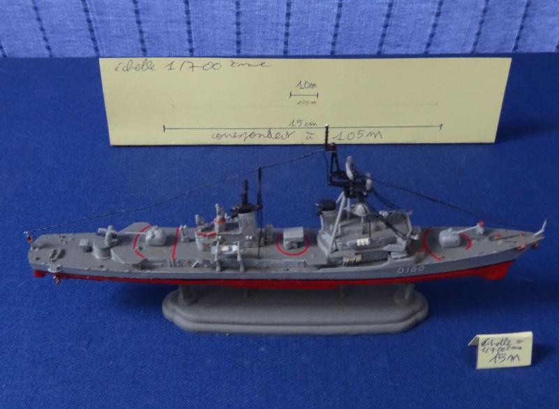 Destroyer D186 Molders, Revell, 1/700e  Molder11