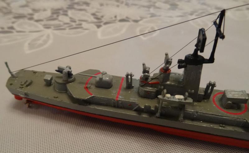 Destroyer D186 Molders, Revell, 1/700e  Molder22
