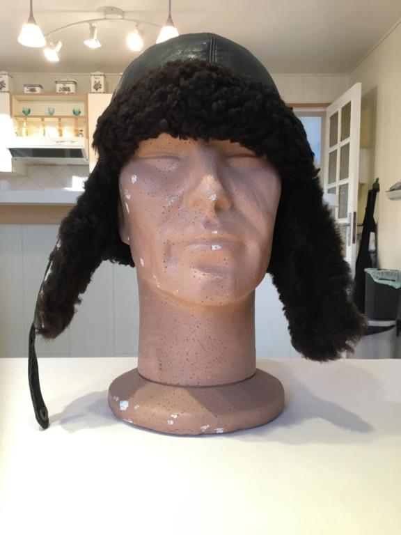 Identification bonnet en cuir 63bcd110