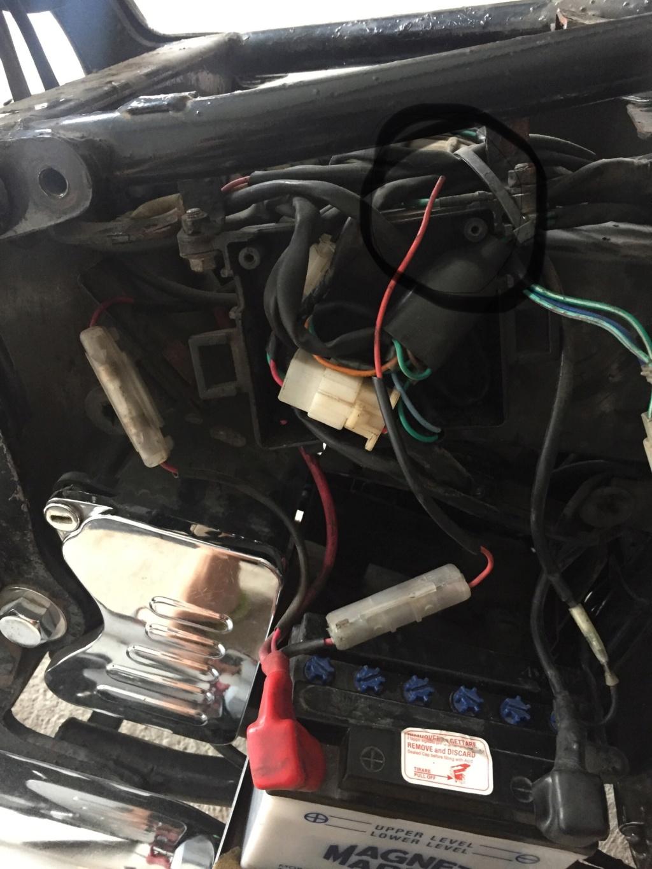fil coupé, circuit electrique Img_8611