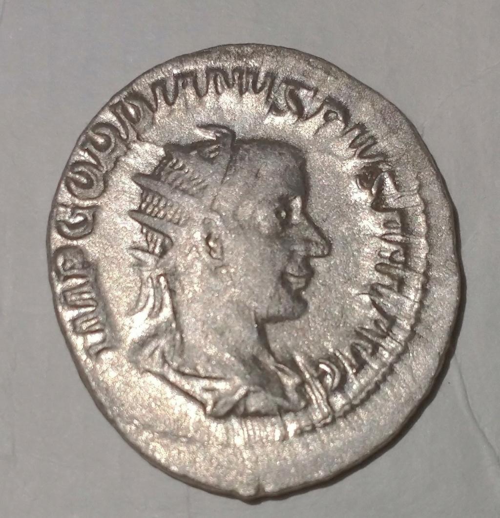 Antoniano de Gordiano III. FORT REDVX. Fortuna sentada a izq. Roma Gordia10