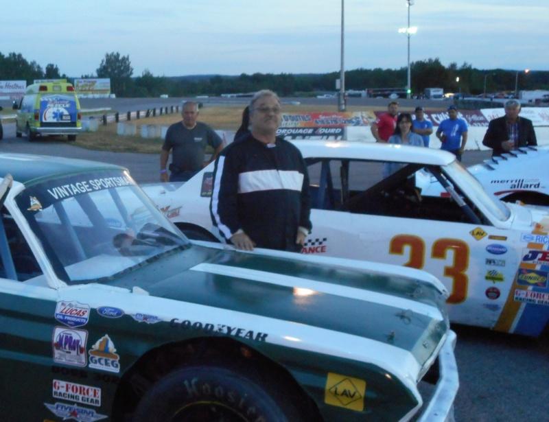 Tour de chauffe en NASCAR Vintage avec Louison Lapierre 1louis10