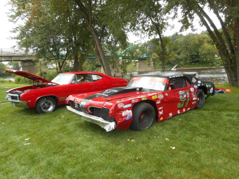 8 sept : Rassemblement d'autos antiques et récentes muscle car Dscn1910