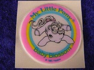Stickers vendu avec les petits poneys  B_blos11