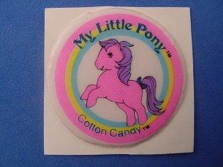 Stickers vendu avec les petits poneys  Cotton10