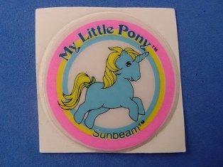 Stickers vendu avec les petits poneys  Sunbea10