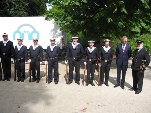 Le Corps des Torpilleurs et marins Bigimg10