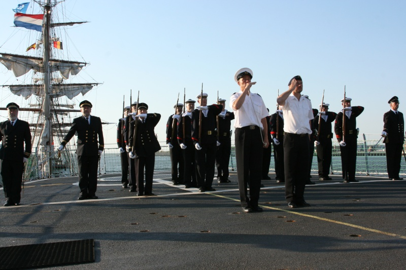 Le Corps des Torpilleurs et marins Oosten11