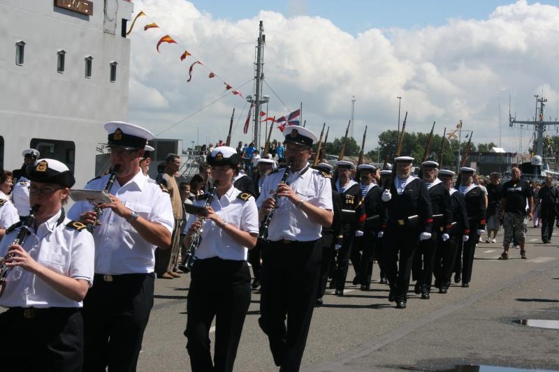 Le Corps des Torpilleurs et marins Zeebru11