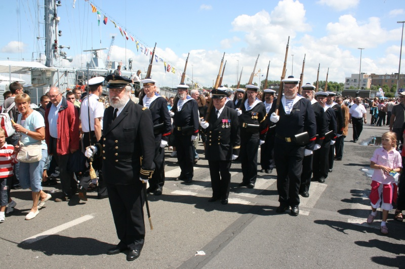 Le Corps des Torpilleurs et marins Zeebru12