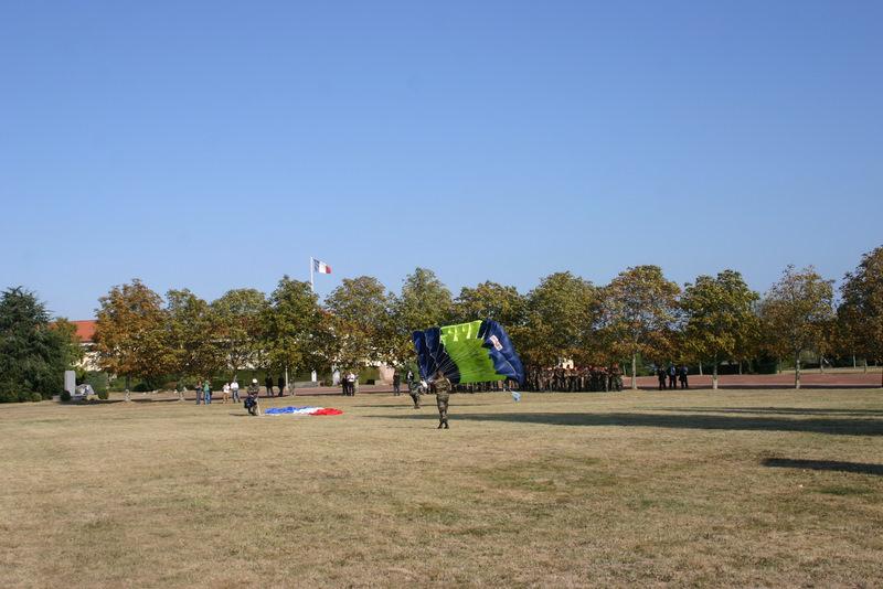 Saut en parachute sur le quartier Beaumont Img_4016