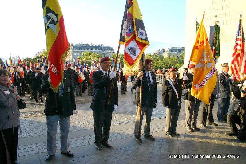 Les parachutistes Belges à nos cotés - St Michel 2009 à Paris Img_4512