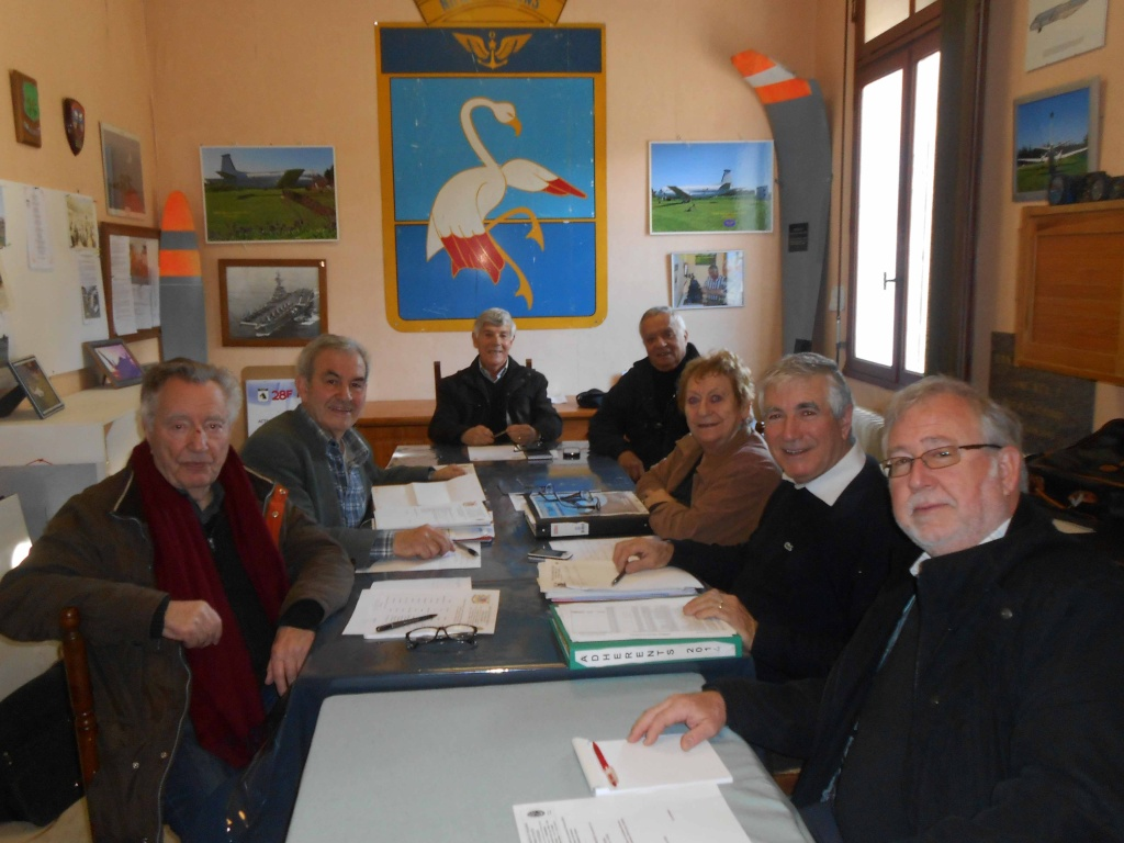 [ Associations anciens Marins ] AMMAC Nîmes-Costières - Page 8 Dscn2110