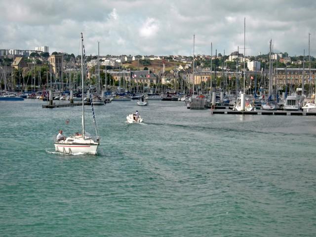 [Activité des ports hors Marine] LE PORT DE CHERBOURG - Page 8 Dscn4441