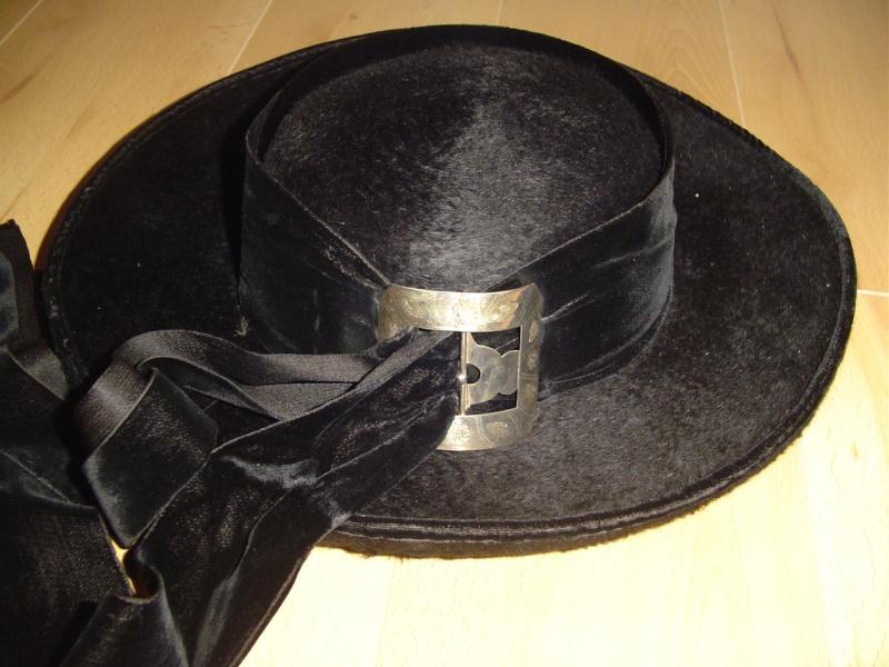 Spécificités des chapeaux à Commana Dsc09815