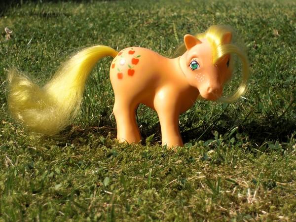 Mes p'tits poney Pomme410