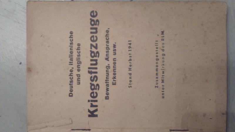livret pour identification des avions  00215