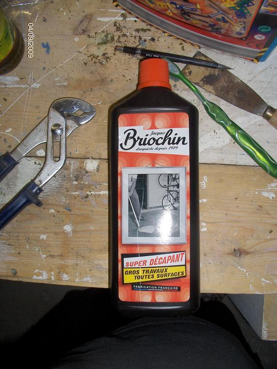 Cherche décapant efficace... Brioch10