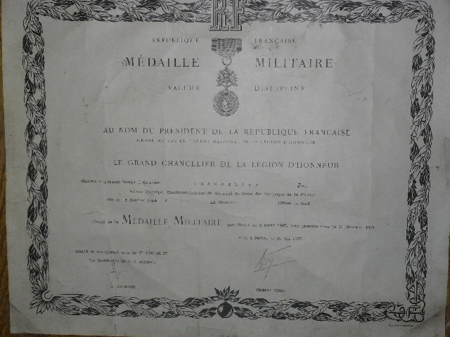 [ Histoire et histoires ] Médailles, insignes et autres Copie_10