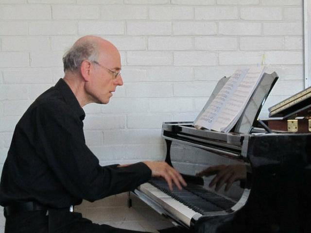 Phillip Sear, pianiste Aims_p10