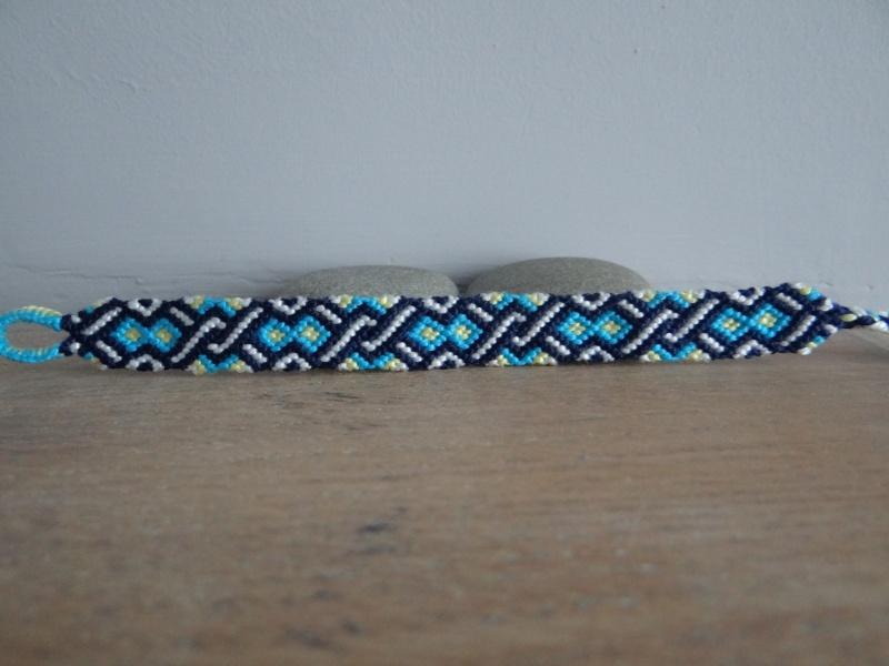 Mymy : mes bracelets... (2) - Page 2 Dsc04710