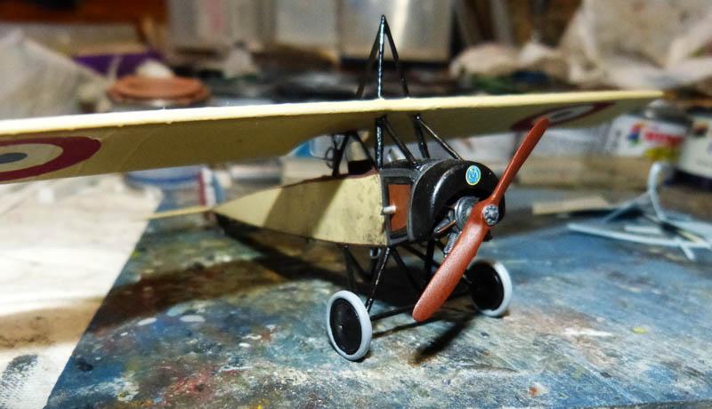 """[1915] [AZ Model] Morane L """"Parasol"""" - Première victoire de Guynemer. Morane22"""