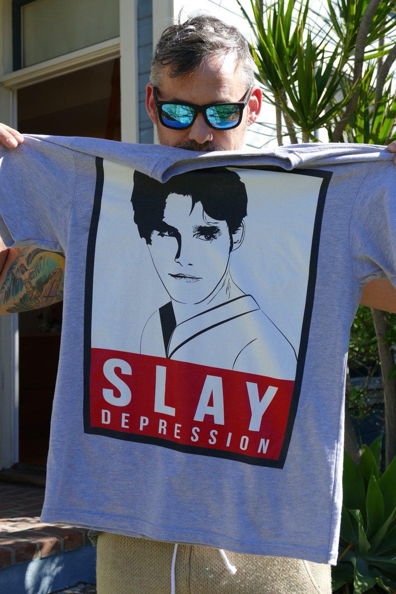 Nicholas Brendon créer un T-shirt pour aider la Fondation Américaine pour la Prévention du Suicide Ccao8310