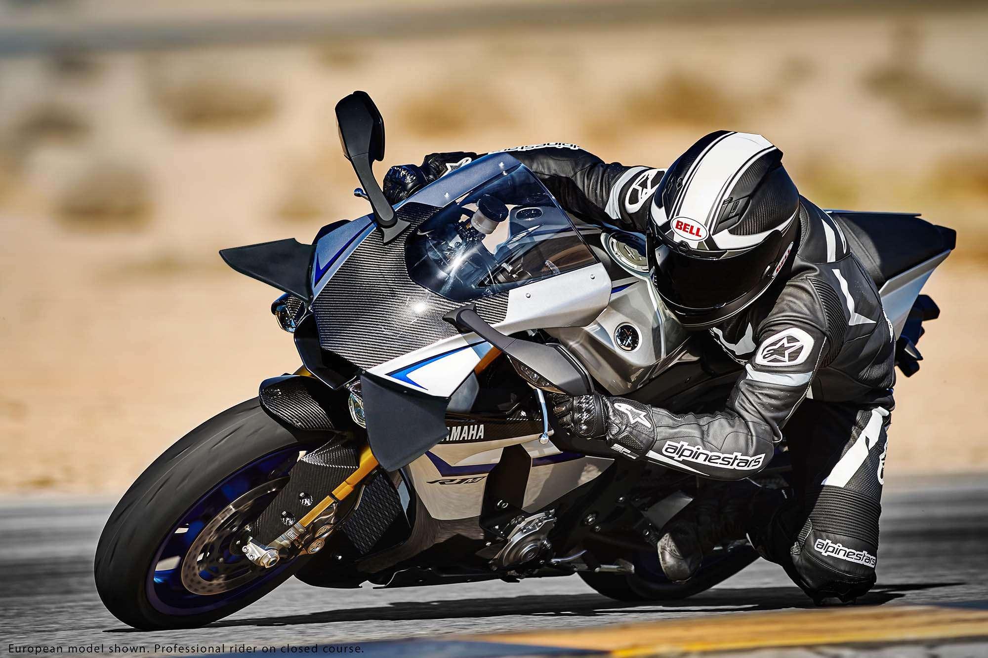 Yamaha R1 et R1M  Crossplane 2015 ( sujet numero3 ) - Page 5 R1m_ai10
