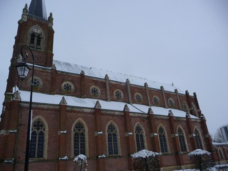 L'EGLISE de Le Quesnel : église Saint léger. P1190549