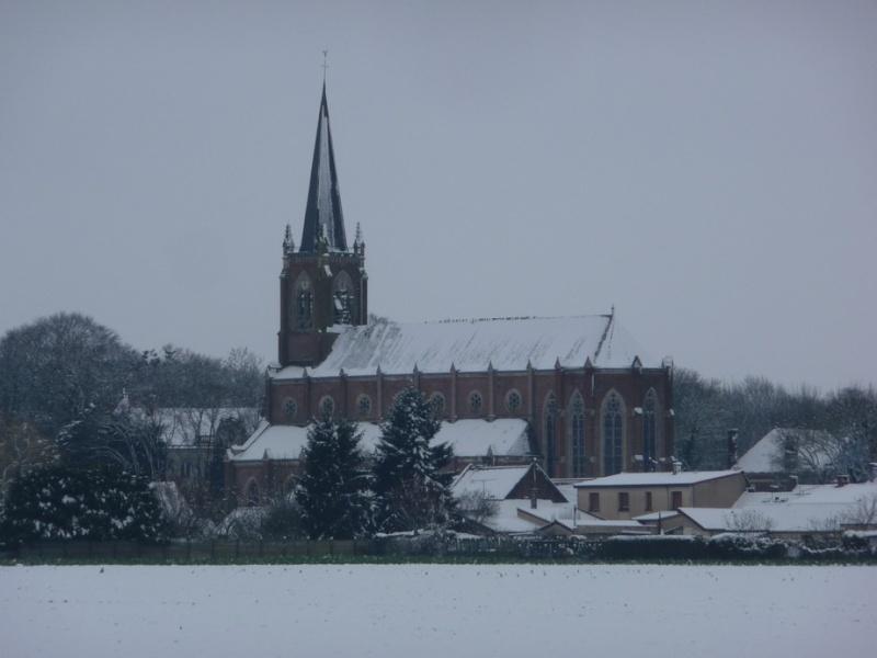 L'EGLISE de Le Quesnel : église Saint léger. P1190551