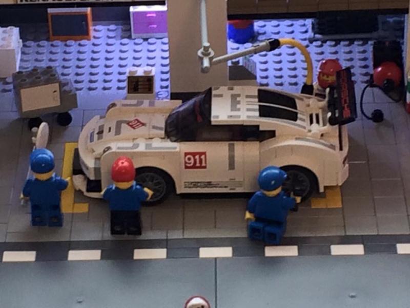 Lego Porsche  - Page 2 12743710