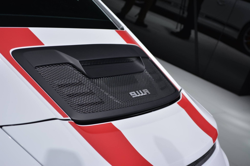 911 R - Page 2 12792010