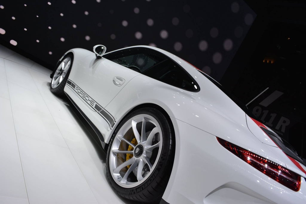 911 R - Page 2 12823410
