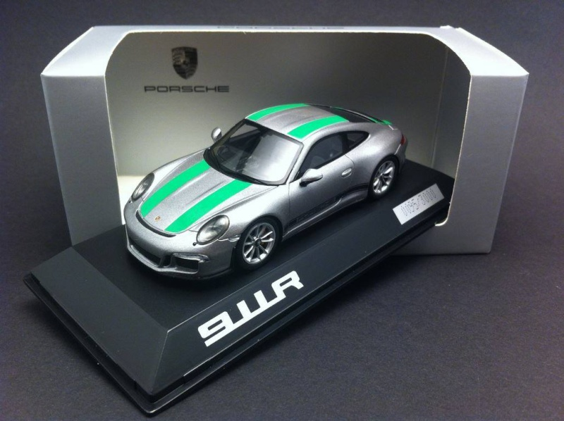 911 R - Page 4 14914510