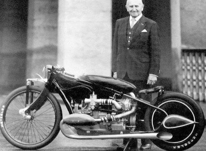 Splendide BMW R37, Ernst Henne, 1928 Screen69