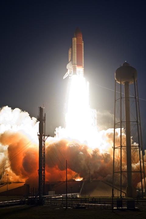 [STS-119] Discovery : suivi du lancement (15/03/2009) - Page 13 Temp211