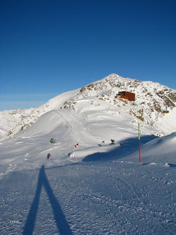 Neige et ski à l'étranger Mo6kh010