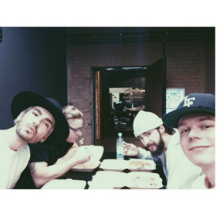 [Instagram Officiel] Instagram  Bill,Tom,Gus,Georg et TH - Page 6 Sans_t68