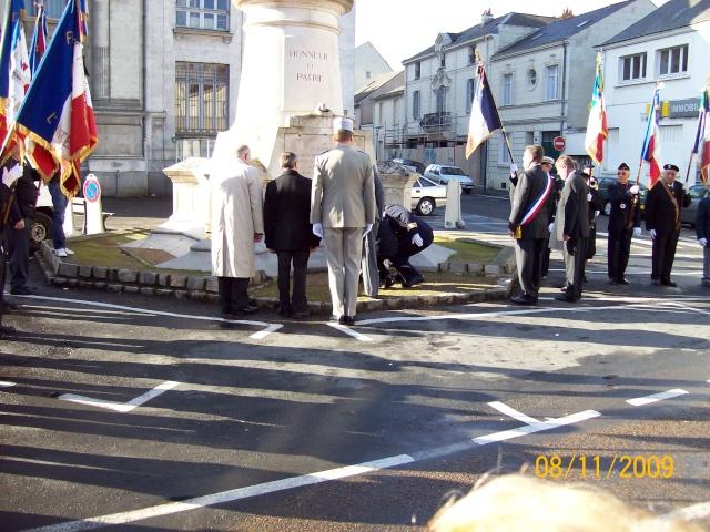 Commemoration 8 novembre 2009 à SAUMUR Remise17