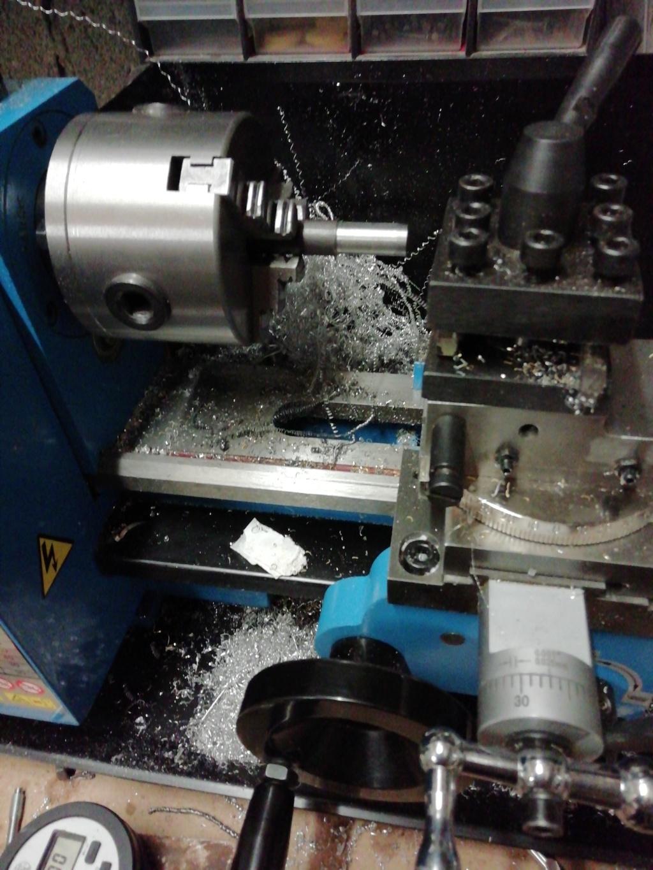 Réglage outils tour 15596411