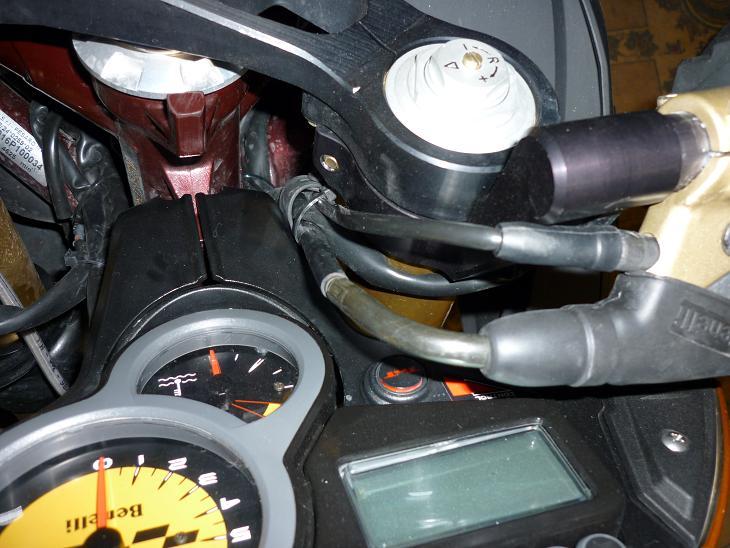 Recherche photos des gudon de CR pour passage des cable ! P1010221