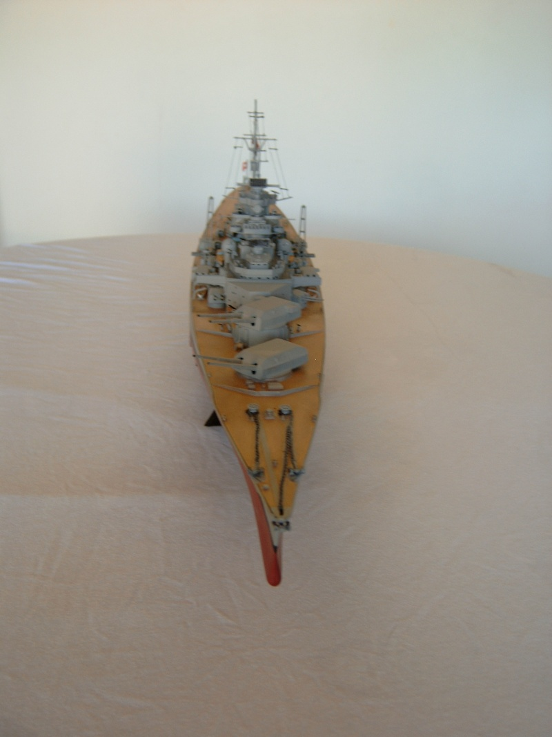 Cuirassé Bismarck 1.350ème - Tamiya 3_bism10