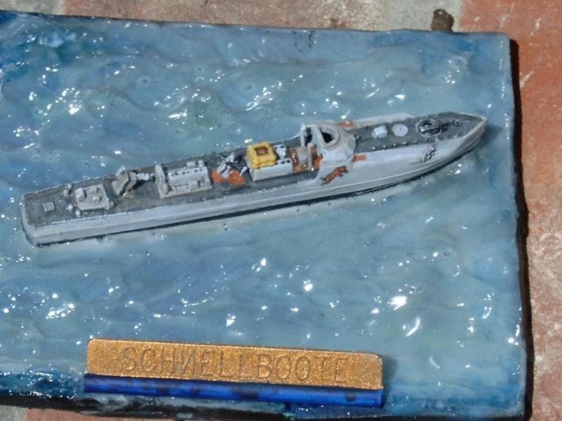 Schnellboate par fourneau au 400eme - heller 48h_sb22