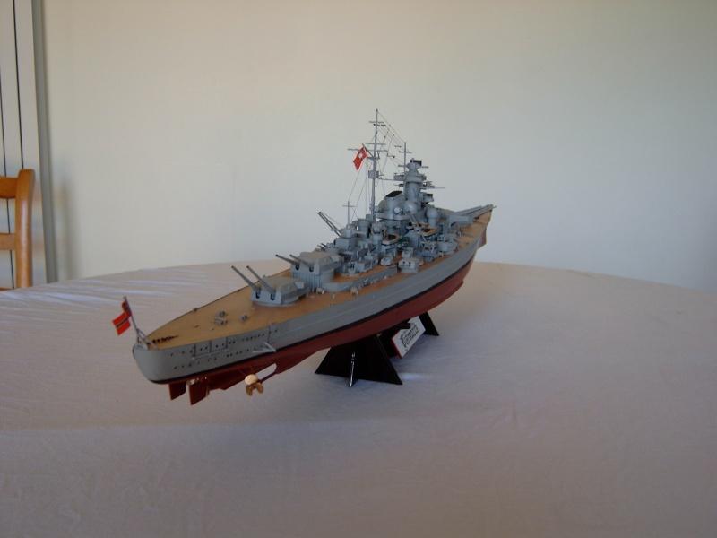 Cuirassé Bismarck 1.350ème - Tamiya 7_bism10